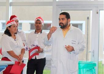 Ação tem cantos de Natal e dicas de saúde para pacientes do HPS da Zona Norte