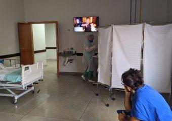 Projeto musical em hospitais de GO resgata memórias da infância de pacientes com Covid-19
