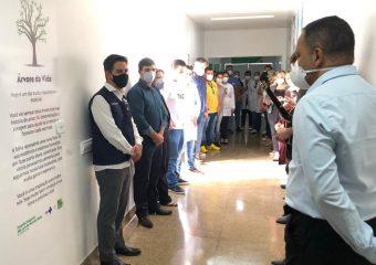 HRSLMB recebe visita do Secretário de Estado de Saúde de Goiás, Ismael Alexandrino, e inaugura Árvore da Vida