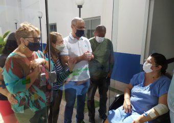 """Hospital Regional de Luziânia permite visitas seguras a pacientes com o projeto """"Amor além do vidro"""""""